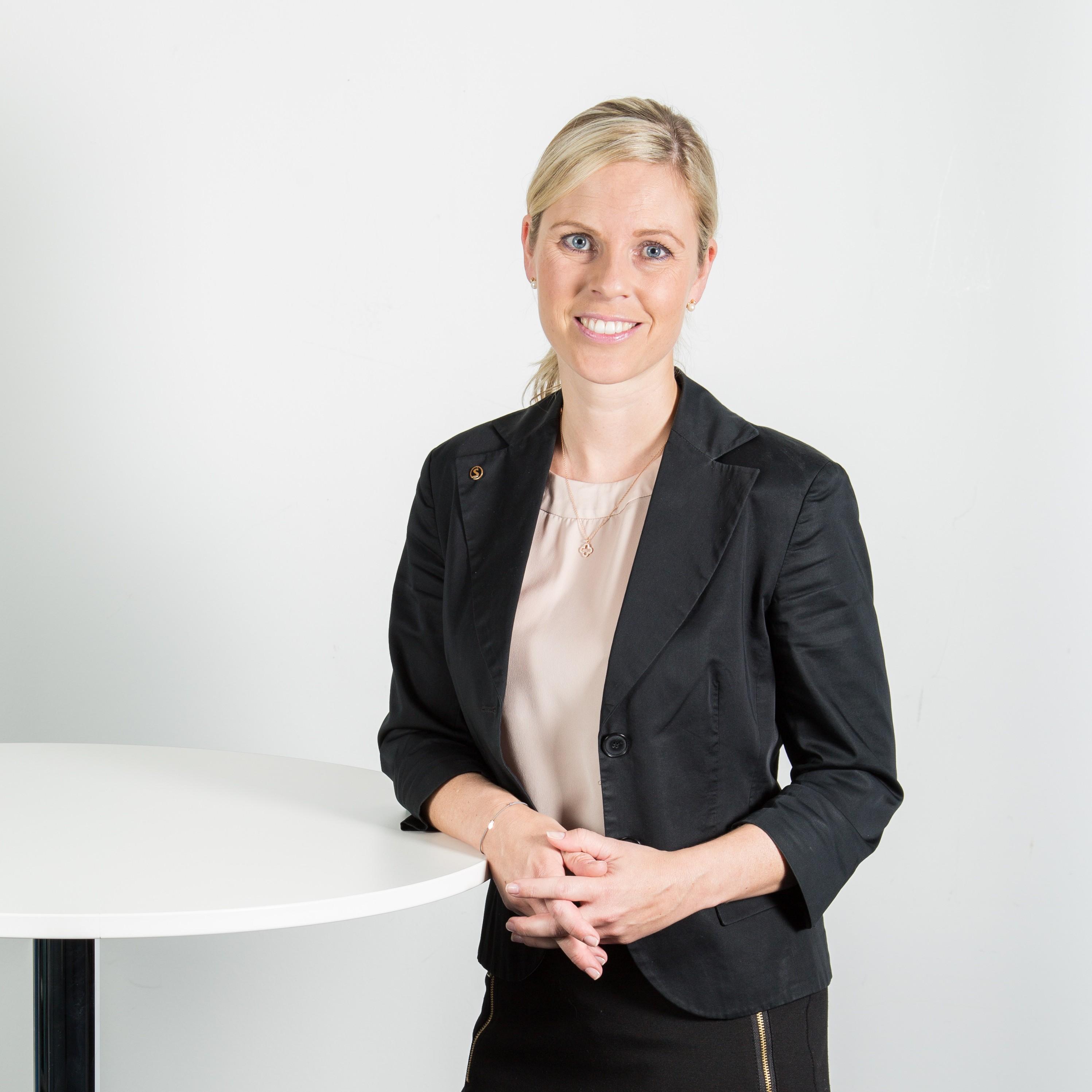 <strong>Simone Kübler</strong> Versicherungsfachfrau (IHK) Consultant