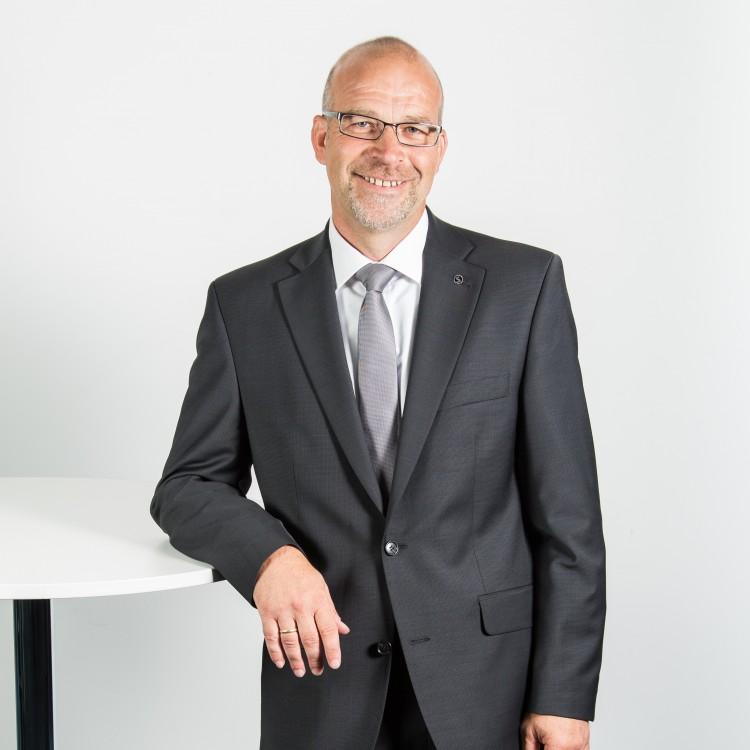 <strong>Matthias Wischnewski</strong><br /> Versicherungsmakler<br /> Sachversicherungsservice