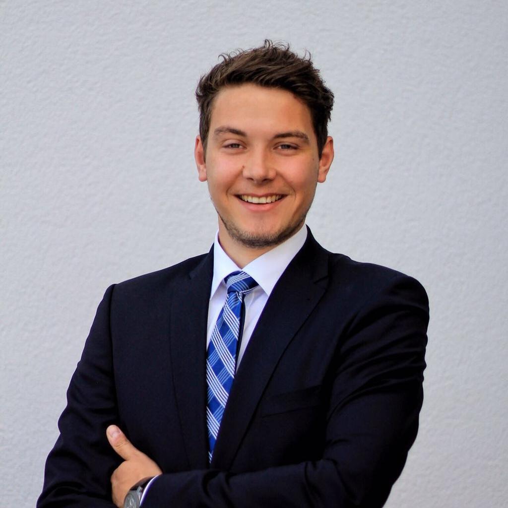 <strong>Kevin Octavio Bruns</strong> Versicherungsfachmann (IHK) Consultant