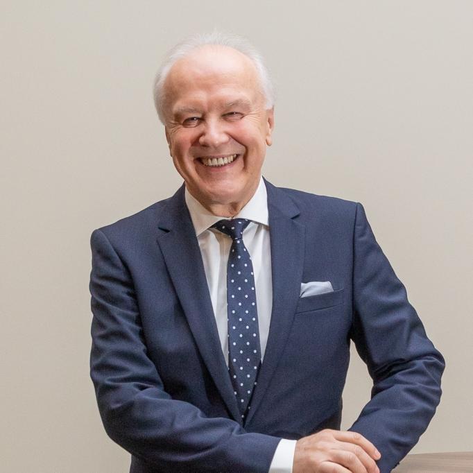 <strong>Manfred Schweng</strong><br /> Mag. rer. soc. oec. Fondsmanagement